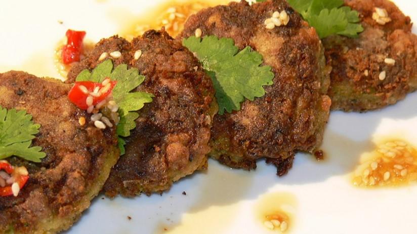Aziatisch Diner Op Bord